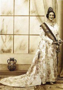 Indumentaria valenciana. Leonor Aznar Carceller, primera fallera mayor de Valencia en 1933